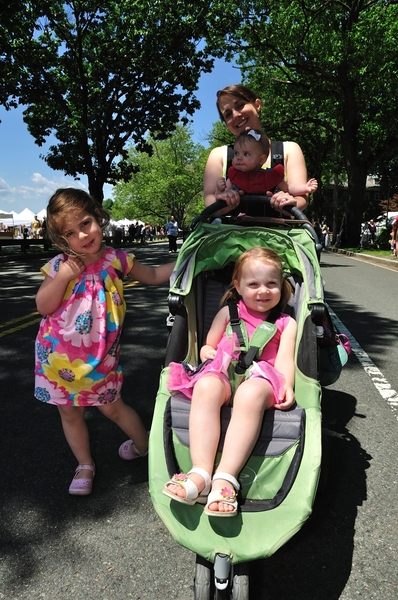 Riverfest is free to everyone, and features attractions for all ages. Image via Cambridge Arts Council, Adam Gooder.