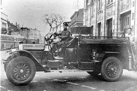 Engine 5 - 1925 American La France hose wagon - shown in front of quarters in Inman Square