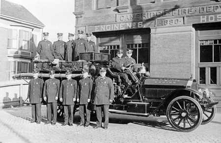 Engine 6 - 750 gpm American LaFrance pump - circa 1919