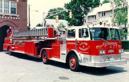 Ladder #4 - 1980 Pirsch - 100' stick