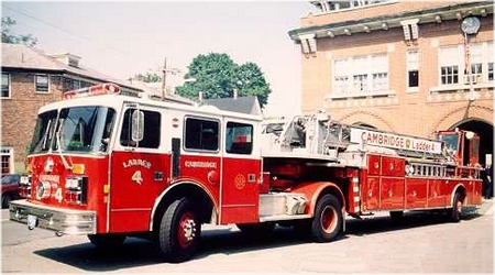 Truck #4 1989 Maxim - 100' tractor-trailer (the former apparatus of Truck #3)